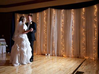 Elegantly Expressed Wedding Decor 3