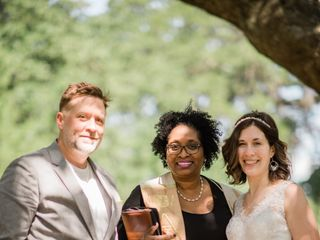 Toomer's Tax, Notary and Wedding Officiant Services 5