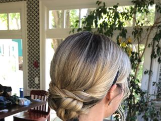 Natural Makeup Artist | Hair Stylist | Sally Biondo 2