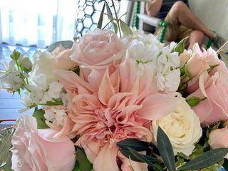 Elegant Touch Floral Designs 5