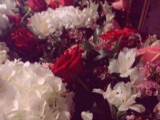 Flowers With A Twist 3
