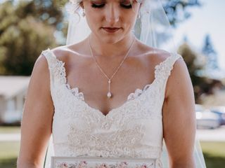 Great Lakes Wedding Gown Specialists 3