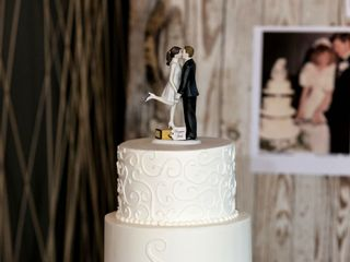 Couture Cakes of Greenville 7