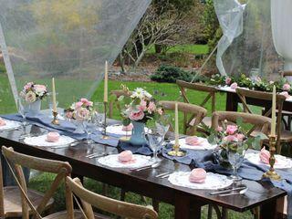 Country Creek Farmhouse Tables 3