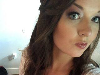 Gloss Makeup and Hair 7
