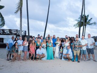 Modern Vacations & Destination Weddings 1