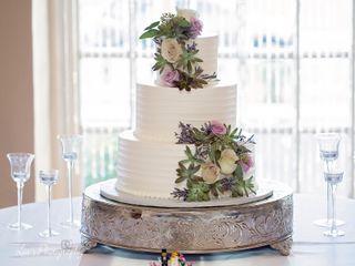Fleur de Lis  Unforgettable Cakes 2