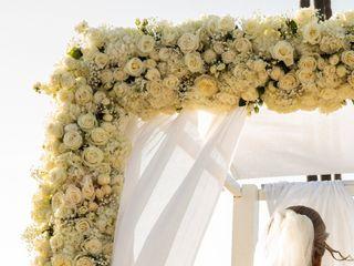 Elegant Touch Floral Designs 4