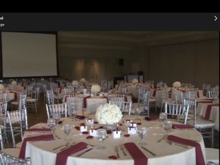 $4 GOLD Chiavari Chair Rentals 4
