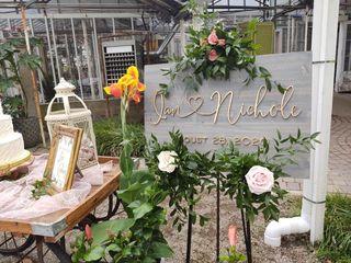 Viviano Flower Shop 4