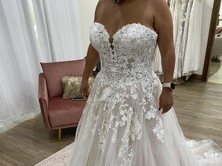 Donna Salyers' Fabulous-Bridal 1