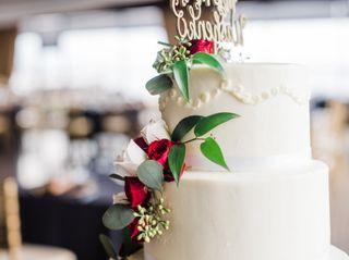 Designer Cakes and Desserts 4
