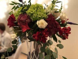 Easily Arranged Floral Design 5