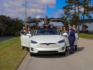 Tesla Limousine Service of Orlando 1