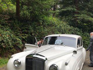 White Cloud Luxury Cars 1