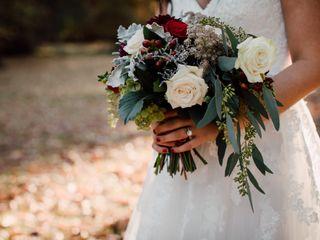 Kacie Cooper - Floral Designer 4
