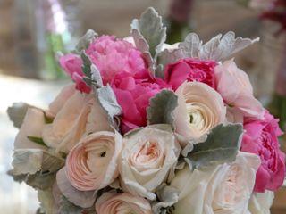 Soleil Flowers 7