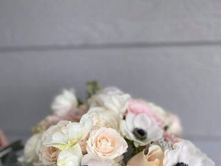 Ambience Floral and Gifts 5