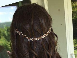 Kyra Hair 1