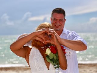 Barefoot To Elegant Wedding Officiants of South and Central Florida 5