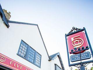 Five Crowns Restaurant 3