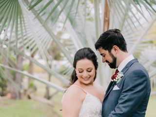 Modern Vacations & Destination Weddings 3