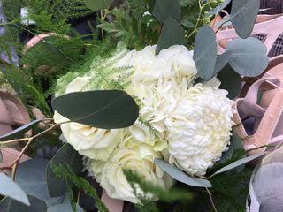 Wedding Flowers by Cyndi 1