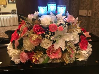 Rent Event Flowers 4