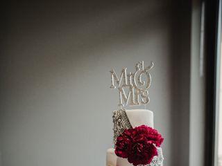 J's Sweet Treats and Wedding Cakes 7