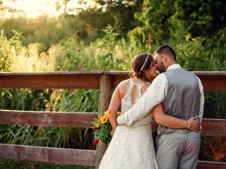 Rustic Gatherings Wedding and Event Barns 3