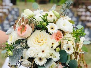 Jodi Iverson Florals 4