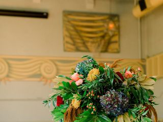 Sophisticated Floral Designs {Weddings + Events} 2