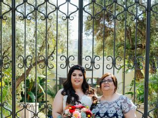 Toni Brides 7
