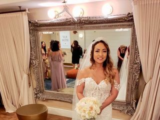 Marry & Tux Bridal 4