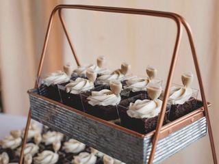 Mainely Wedding Cakes LLC 2