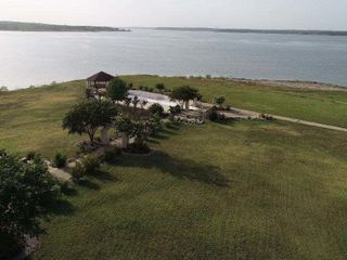 Paradise Cove at Lake Grapevine 6