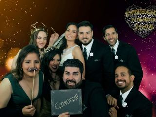 Reyes Productions- Green Screen Photo Booths 4