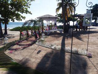Windjammer Landing Villa Beach Resort 4