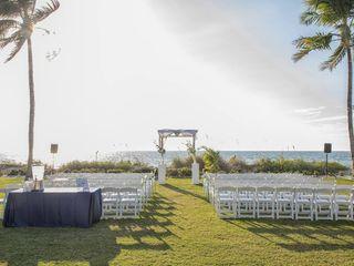 The Naples Beach Hotel & Golf Club 7