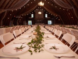 Lake Elsie Wedding Barn 5