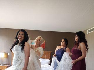 Della Curva (Plus-Size Bridal Salon) 4