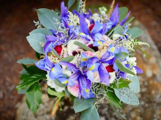 True Vine Flowers 4