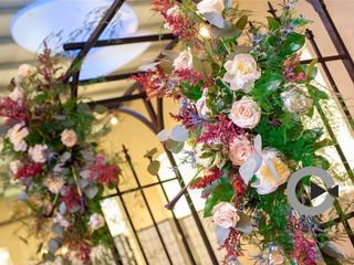 Dahlia a Florist 6