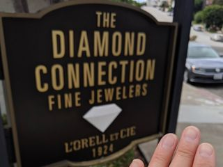 The Diamond Connection Jewelers 4