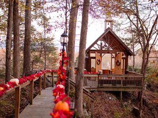 Nolichuckey Bluffs Bed & Breakfast Cabins & Wedding Venue 2