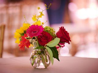 Surroundings Floral Studio 3