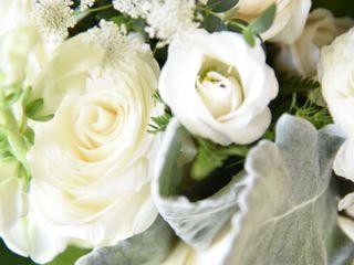 Samantha Greenfield Designs in Floral Artistry 2