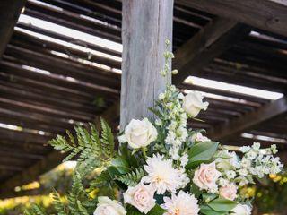 Floral Designs by Heather Hendrickson 2