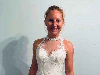 ALENA FEDE | Custom Bridal /Alterations /Personal Bride's Assistant /Dress Rental /Sample Sale 5