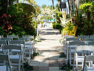 Kimpton Surfcomber Hotel in South Beach Miami 1